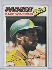 1977 Topps Dave Winfield Baseball Card #390