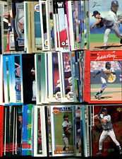 100 Assorted Chicago White Sox Baseball Cards Plus Twelve 9-Pocket Storage Pages (stores up to 216 cards)