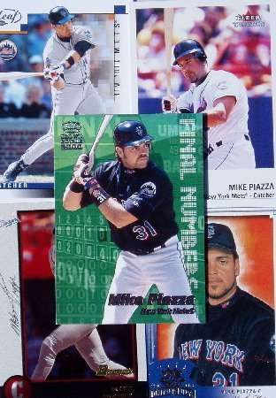 Mike Piazza 20-card set with 2-piece acrylic case