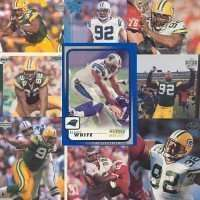 10 Different Reggie White Football Cards - Mint Condition In Display Album !!