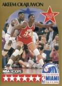1990 NBA Hoops Basketball Card #23: Akeem Olajuwon (All-Star -Houston Rockets)